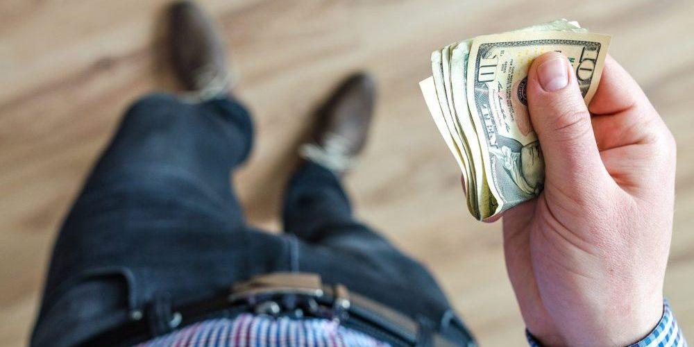Jaký máte vztah k penězům? Známe důvod, proč jich nemáte dost!